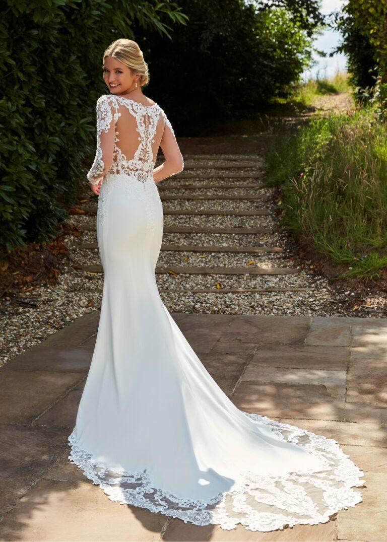 Romantica Fit & Flare Mermaid style Wedding DressRomantica Fit & Flare Mermaid style Wedding Dress