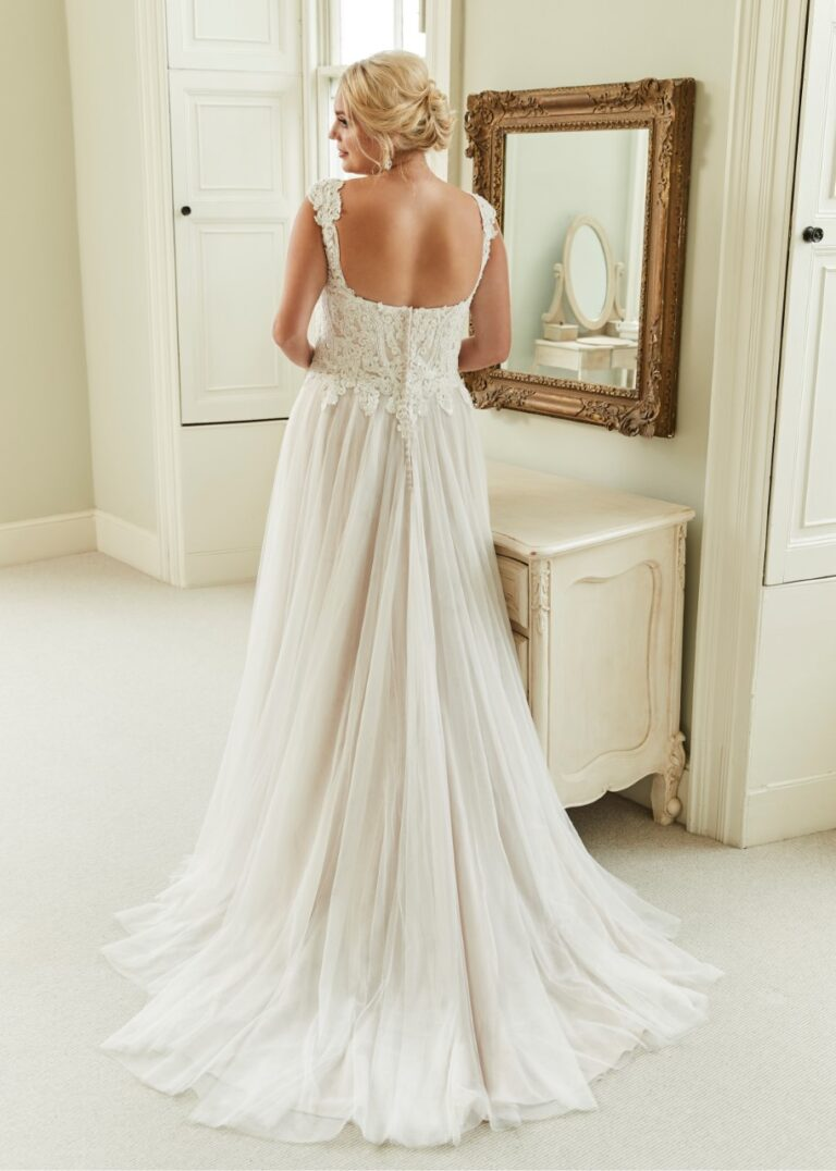 A line style with a sweetheart neckline